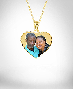 Photo Pendant with Diamond Cuts