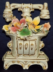Capodimonte Telephone with Flowers