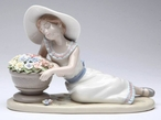 Fragrant Relaxation Porcelain Sculpture