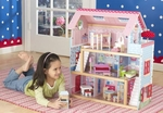 Dollhouses & Doll Furniture