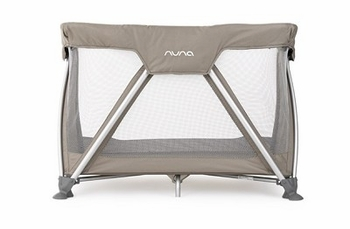 Nuna Sena Mini 2014 Playard Safari