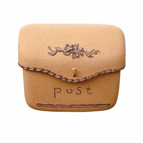 Dea's Garden Mailbox Collection Pouch Composite Mailbox in Sand
