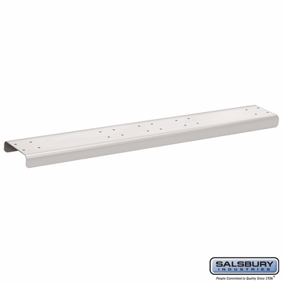 Salsbury 4884WHT Spreader 4 Wide For Rural Mailbox White
