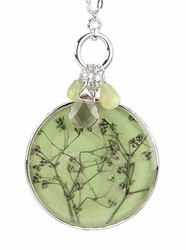 """Baby's Breath 16"""" Lg Rd w/Bead Necklace-Green"""