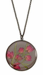 Boronia on Deep Grey LG Rnd Necklace