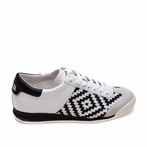 best seller Scorpio Off White & Black Sneaker