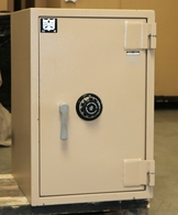 "Adesco CMP4290 Fire and ""C"" rated Burgalry safe Used"