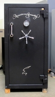 Amsec BF6030 Gun Safe, New old stock has a paint rub and scratch