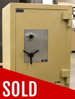 Used Amsec Amvault 3524 TL-30 Bank rated safe for Cash and Jewelry