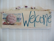 Vintage Style Welcome to the Beach House