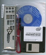 INTEL DG45FC FULL ACCESSORIES SET (SATA X1, I/O SHIELD X1, RAID/ANCI DRIVER X1 DRIVER CD X1 QUICK REFERENCE X1 )