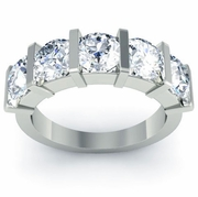Bar Set Brilliant Round Cut Diamond Band