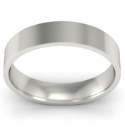 Classic 18kt Gold 4mm Wedding Ring