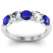 Diamond and Blue Sapphire Ring Round Brilliant Cut