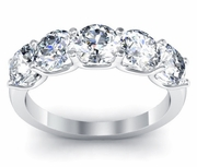 Engagement Ring with 5 Diamonds