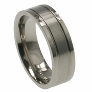 Mens Titanium Ring in 7mm