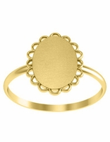 Signet Ring Gold With Scalloped Edge