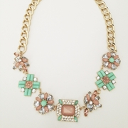 Kate Necklace Mint