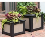 Berlin Gardens Resin Planter Set