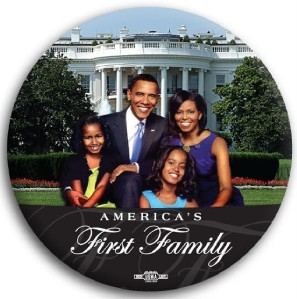 """Barack Obama First Family Color White House Button 3"""""""
