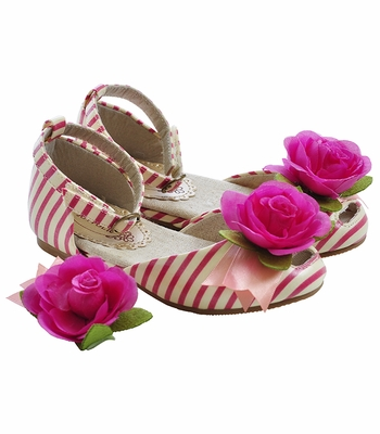 Joyfolie Girls Aubrey Stripe Shoe with Hair Clip