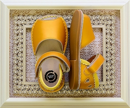 Livie and Luca Kea Girls Sandals in Yellow (9 & 10)