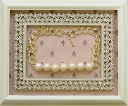 Mae Li Rose Pearl Necklace with Gold Chain