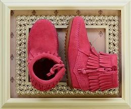Minnetonka Fringe Bootie Hot Pink Kids