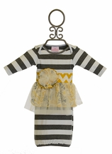 She Bloom Baby Gown Chevron in Gray