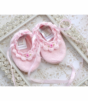 Victoria Kids Infant Girls Booties Pink with Rose