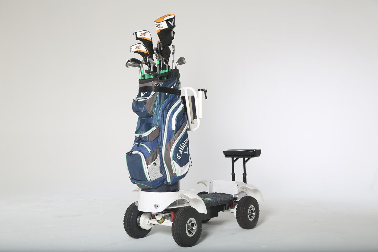 how to become a golf caddy