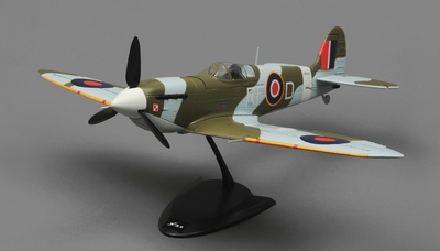Tex RC  Spitfire Mini Warbird 4 Channel Ready to Fly 2.4ghz Wingspan 650mm