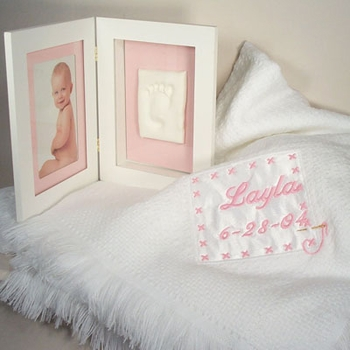 Personalized Blanket And Footprint Frame For Baby Girl