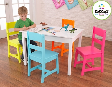 Highlighter 5 Piece Table and Chair Set by KidKraft