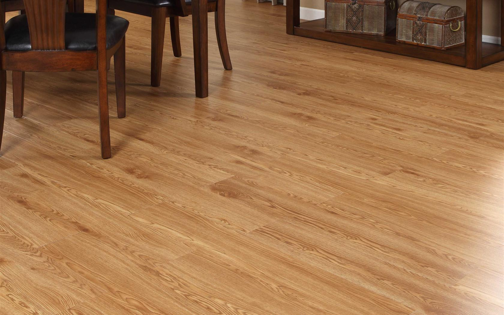 Freefit Lvt Standard Red Oak 6 Quot X 36 Quot Luxury Vinyl Plank Ff104