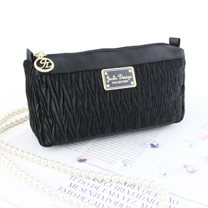 Vintage Allure Compact Cosmetic Bag Black