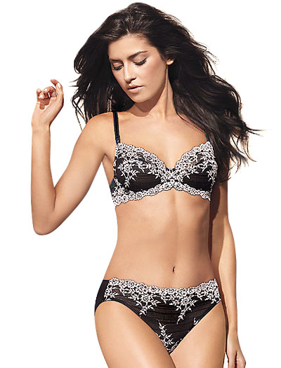 Wacoal Embrace Lace Underwire Bra 65191 - Black