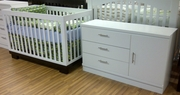 Metro crib and dresser set