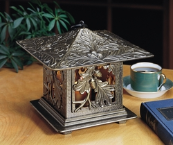 Oakleaf Tea Lantern - Copper Verdi