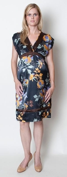 Everly Grey Mia Dress - Navy Floral<br>CLEARANCE