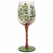 Mom Stands Tall Wine Glass by Lolita�