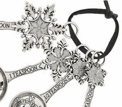 Ganz Measuring Spoons - Snowflakes with Glittered Enamel