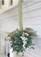Mistletoe Door Decor Kissing Ball - White Pearl