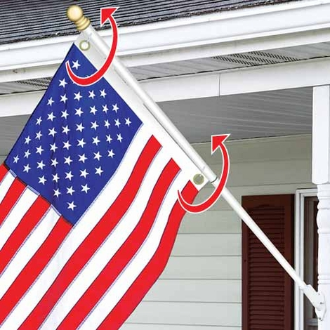 Tangle Free Flag Pole With Flag