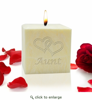 "3"" PALM WAX CANDLE : HEARTS FOR AUNT"