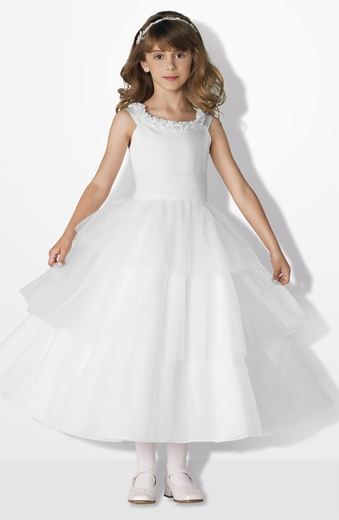 Joan-Calabrese-Commuion Dress - Layers of Tulle