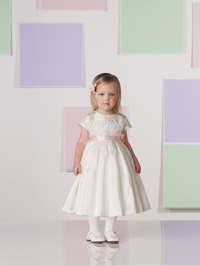 Joan Calabrese for Mon Cheri *Taffeta Flowers Flower Girl Dress*