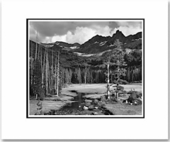 MOUNT ANSEL ADAMS, LYELL FORK OF THE MERCED RIVER