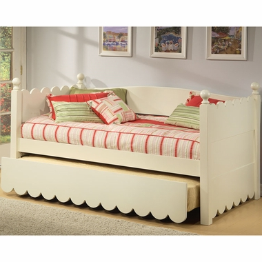 Alligator Scallop Collection Daybed in Distressed White - Click to enlarge