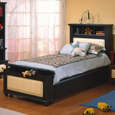 Alligator Treasures Collection Twin Bed in Antique Black / Butter - Click to enlarge